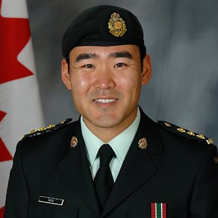 Capitaine Matthew Hou, officier de logistique